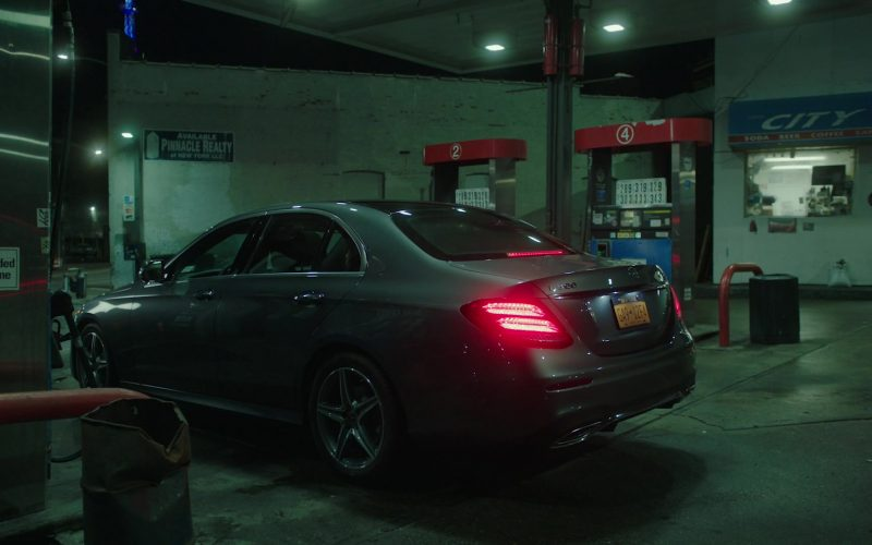 Mercedes-Benz E300 Car in Power Season 6 Episode 11 Still Dre (3)