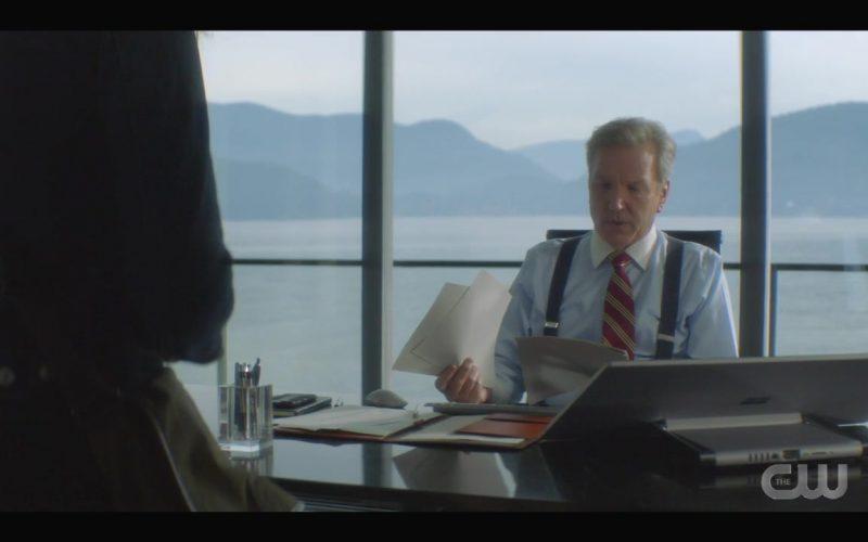 Microsoft Surface Studio Computer Used by Martin Donovan as Everett Hudson in Nancy Drew Season 1 Episode 11 (1)