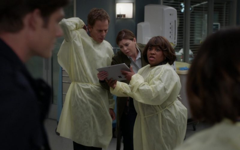 Microsoft Surface Tablet Held by Chandra Wilson as Miranda Bailey in Grey's Anatomy Season 16 Episode 10 Help Me Through the Night (1)