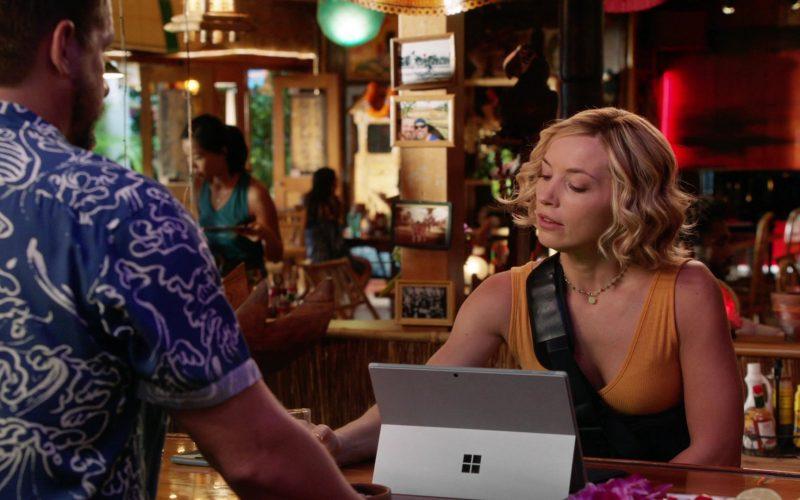Microsoft Surface Tablet Used by Perdita Rose Annunziata Weeks as Juliet Higgins in Magnum P.I. Season 2 Episode 13 (4)