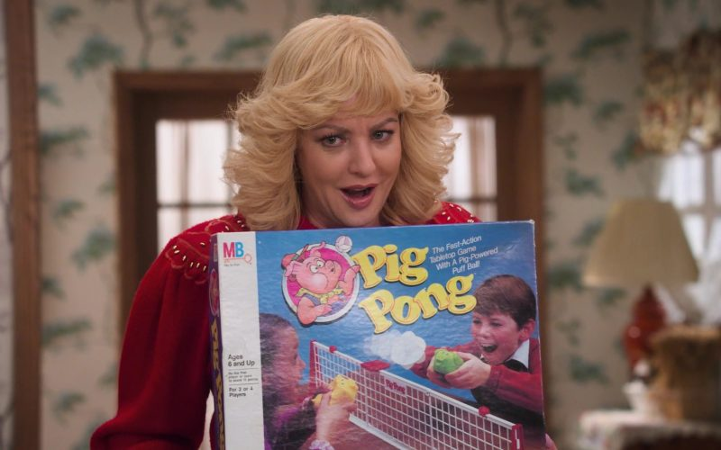 Milton Bradley Pig Pong Game Held by Wendi McLendon-Covey as Beverly in The Goldbergs Season 7 Episode 12 Game Night (2020)