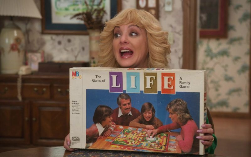 Milton Bradley The Game of Life Board Game Held by Wendi McLendon-Covey as Beverly in The Goldbergs (1)