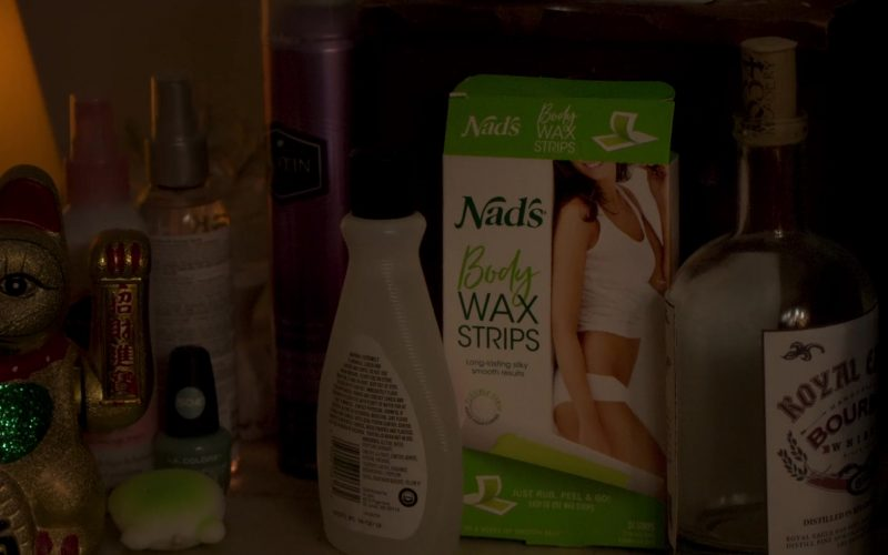 Nad's Body Wax Strips in Awkwafina Is Nora from Queens Season 1 Episode 2 Atlantic City (2020)