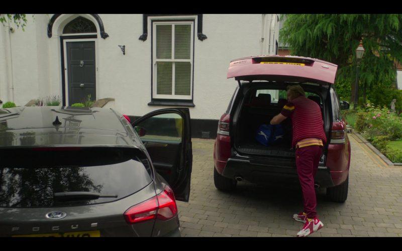 Nike Sneakers Worn by Shaun Dooley as Tripp in The Stranger Episode 4