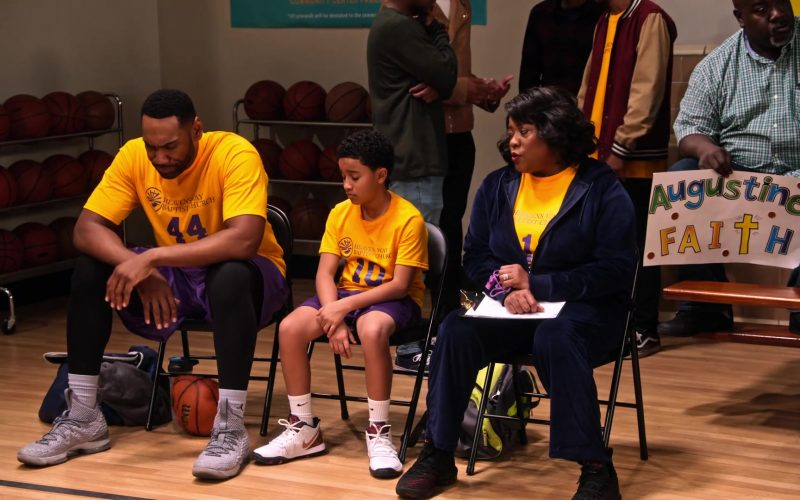 Nike Sneakers and White Socks Worn by Cameron J. Wright as Mazzi McKellan in Family Reunion Season 1 Episode 15 (3)