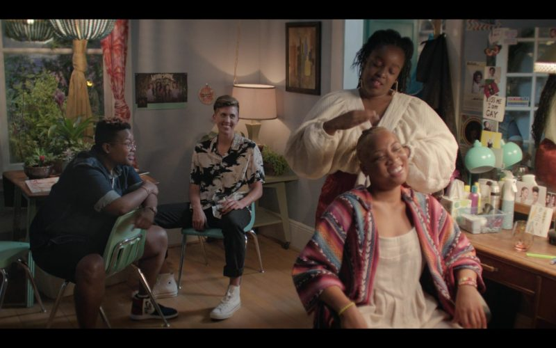 Nike and Converse Shoes in Shrill Season 2 Episode 3 (2020)