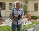 Nikon Camera in Mixed-ish Season 1 Episode 14 (1)