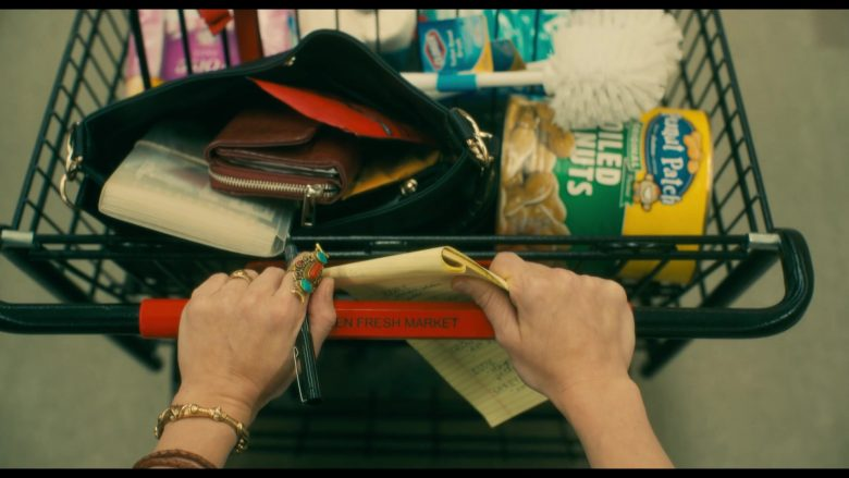 Peanut Patch Margaret Holmes Green Boiled Peanuts in Doctor Sleep (2019)