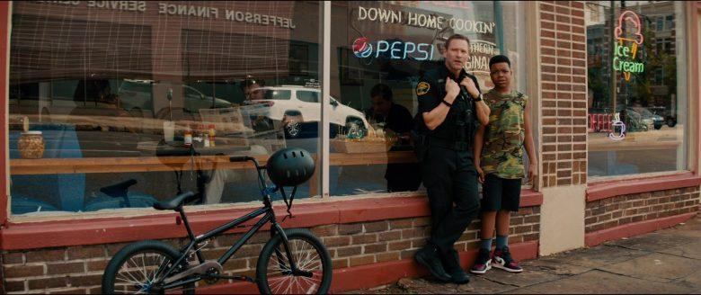 Pepsi Neon Sign in Line of Duty (2)