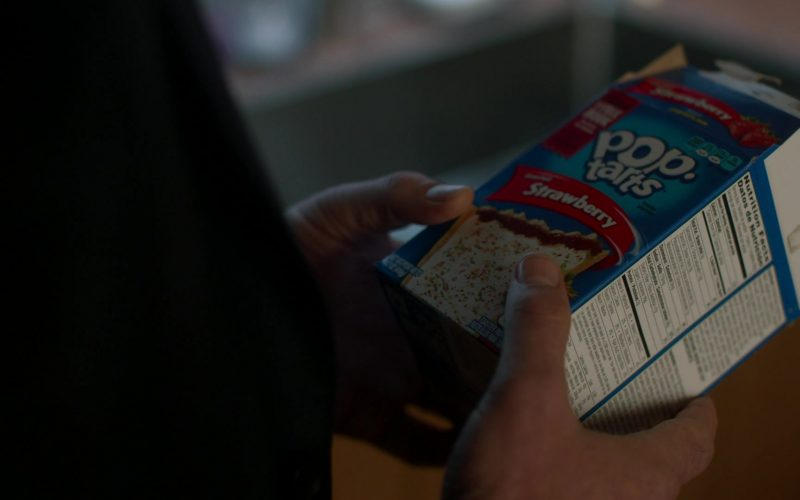 Pop-Tarts Strawberry Held by Liev Schreiber in Ray Donovan Season 7 Episode 9 Bugs (1)