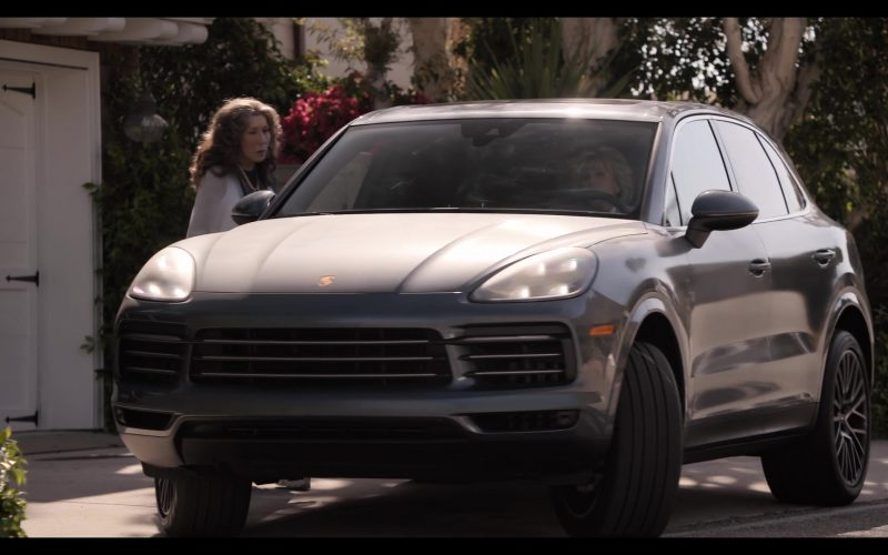 Porsche Cayenne Mid-Size Luxury Crossover Sport Utility Vehicle in Grace and Frankie Season 6 Episode 10 The Scent (2)