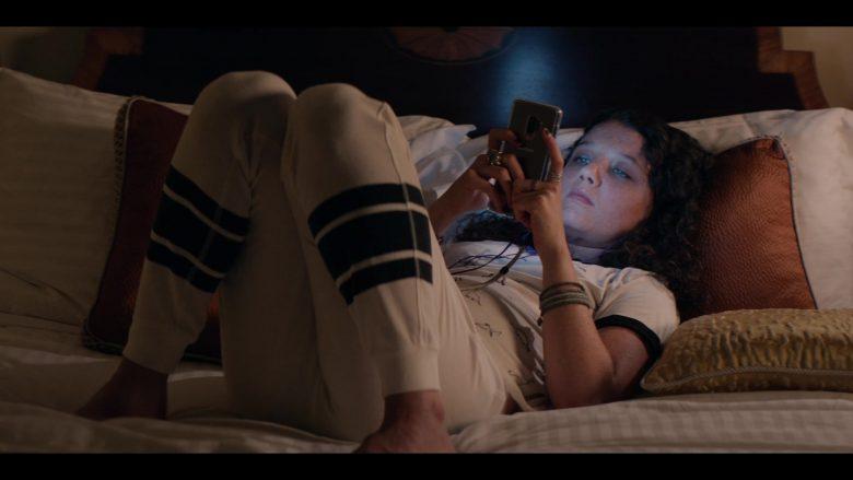 Samsung Galaxy Mobile Phone Held by Stefania LaVie Owen as Rebecca Iguero in Messiah Season 1 Episode 8 Force Majeure