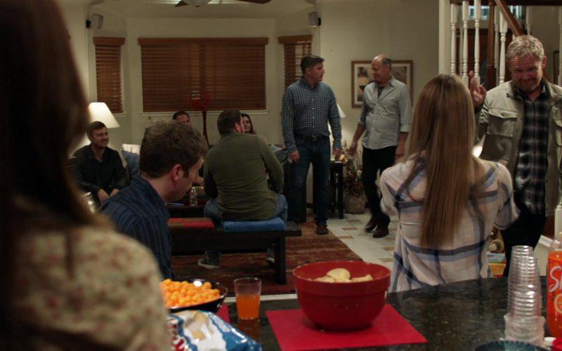 Shasta Orange Soda in Shameless Season 10 Episode 10 Now Leaving Illinois (2020)