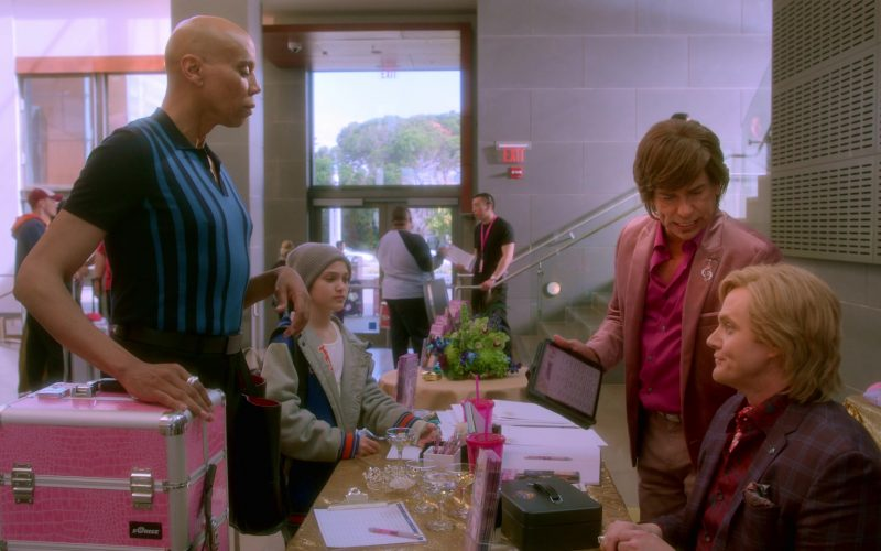 SoRise Pink Makeup Case Used by RuPaul Andre Charles as Ruby Red in AJ and the Queen Season 1 Episode 10 Dallas (1)