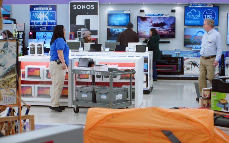 Sonos in Superstore Season 5 Episode 13 Favoritism (2020)