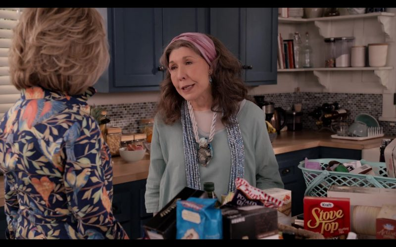 Tim's Potato Chips and Kraft Stove Top in Grace and Frankie Season 6 Episode 1 The Newlyweds