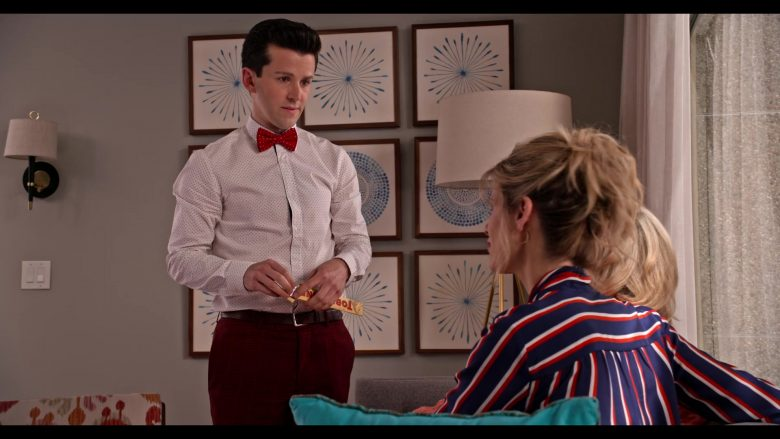 Toblerone Chocolate Enjoyed by June Diane Raphael as Brianna in Grace and Frankie Season 6 Episode 13 (2)
