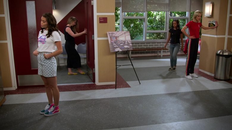 Vans High Top Shoes Worn by Paris Berelc in Alexa & Katie Season 3 Episode 8 Panic! At The Putt-Putt (2)