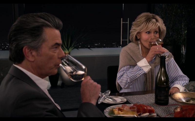 Viansa Wine Enjoyed by Peter Gallagher and Jane Fonda in Grace and Frankie Season 6 Episode 8 The Short Rib (4)