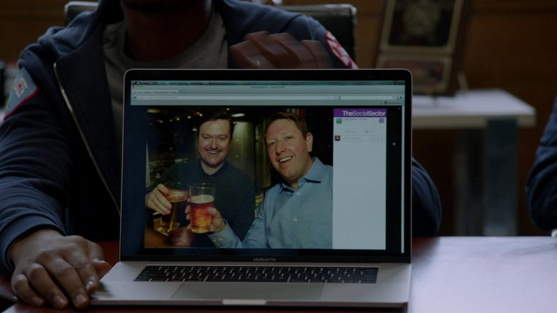 Apple MacBook Laptops in Chicago Fire Season 8 Episode 13 A Chicago Welcome (2)