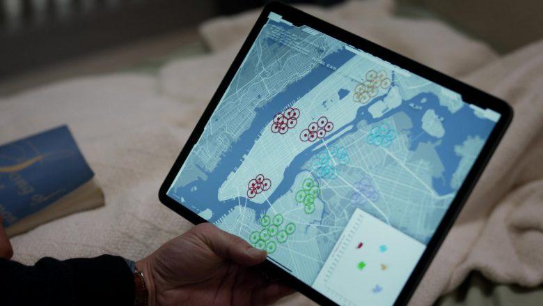 Apple iPad Tablet in Manifest Season 2 Episode 5 Coordinated Flight (2)