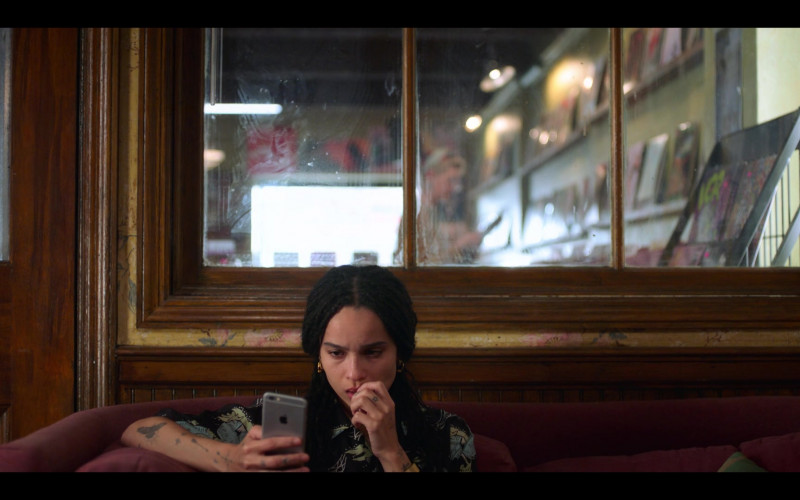 Apple iPhone Smartphone Used by Zoë Kravitz as Rob in High Fidelity Season 1 Episode 3 (2)