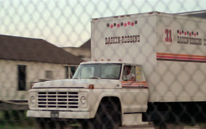 Baskin Robbins Truck in Close Encounters of the Third Kind (3)