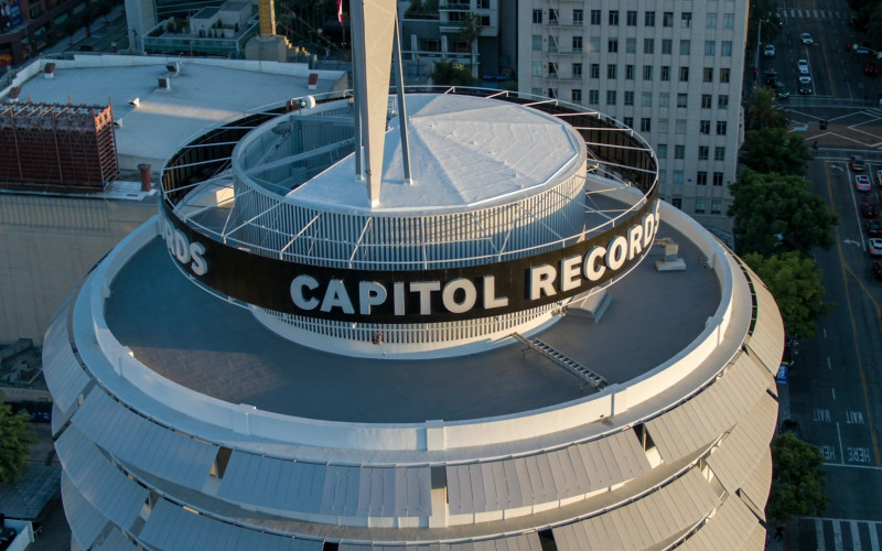 Capitol Records Record Label Company Building in Stumptown S01E15