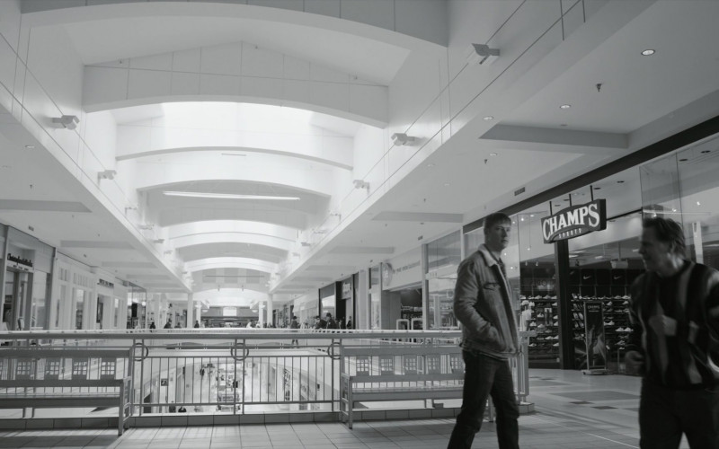 Champs Sports Store in Better Call Saul S05E01 Magic Man (2)