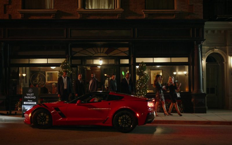 Chevrolet Corvette Red Car in Good Girls Season 3 Episode 1 Find Your Beach (2020)