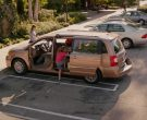 Chrysler Town & Country Car in Alexander and the Terrible, Horrible, No Good, Very Bad Day (9)