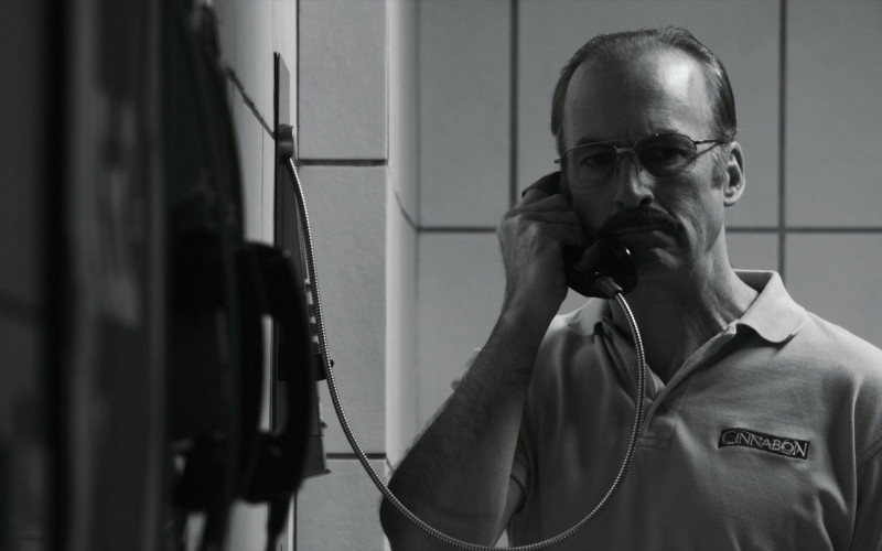 Cinnabon Shirt Worn by Bob Odenkirk in Better Call Saul S05E01 (3)