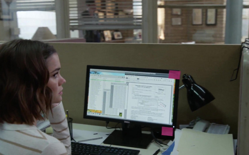 Dell Monitor Used by Maia Mitchell as Callie Adams Foster in Good Trouble S02E16 Fragility (1)