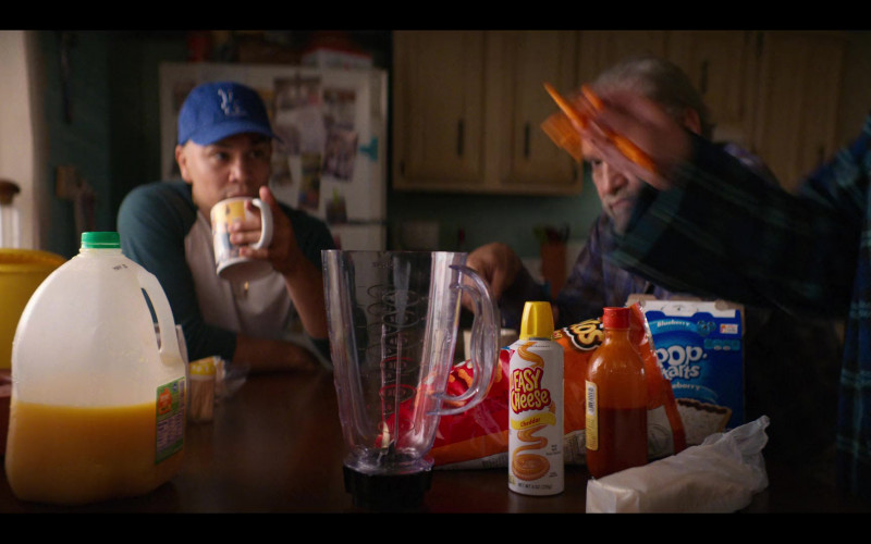 Easy Cheese Cheddar, Cheetos and Pop-Tarts in Gentefied S01E04 Unemployed AF (2020)