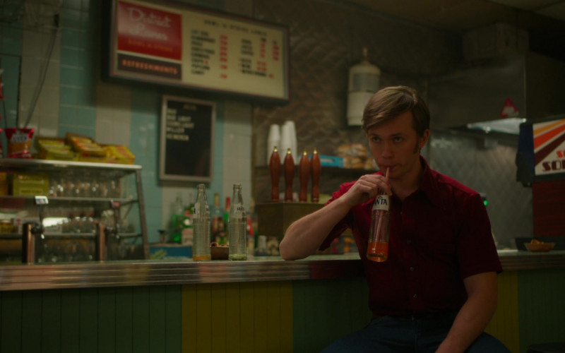 Fanta Soda Enjoyed by Greg Austin as Travis Leich in Hunters S01E01 The Mourner's Kaddish