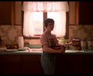 Giant Eagle Pancake Mix Held by Sophia Lillis as Sydney Novak in I Am Not Okay with This S01E07 (1)