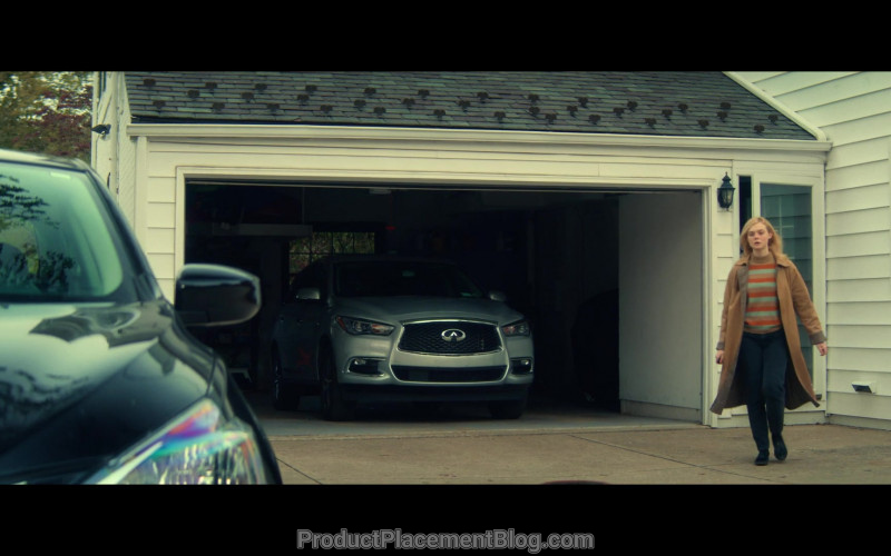 Infiniti SUV in All the Bright Places (2020)
