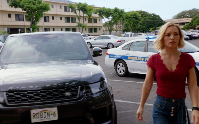 Land Rover Range Rover Sport SUV Driven by Juliet Higgins by Perdita Weeks in Magnum P.I. Season 2 Episode 14 A Game of Cat and Mouse (