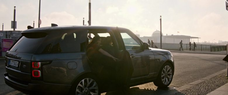 Land Rover Range Rover Vogue Car in Charlie's Angels (1)