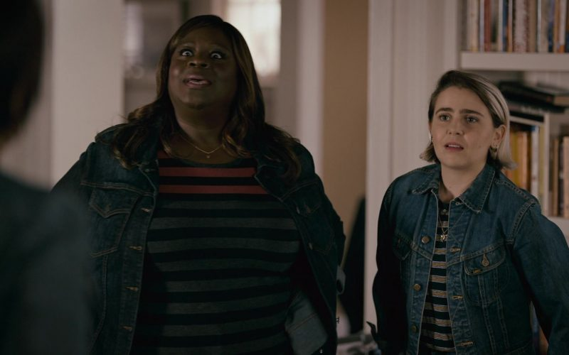 Lee Women's Denim Jacket Outfit Worn by Mae Whitman as Annie Marks in Good Girls Season 3 Episode 1 Find Your Beach (1)