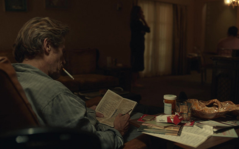 Marlboro Cigarettes in The Last Thing He Wanted (2020)