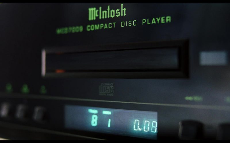 McIntosh Compact Disc Player in Knives Out (2019)