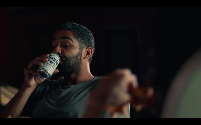 Modelo Especial Beer Cans Held by Kingsley Ben-Adir as Russell 'Mac' McCormack in High Fidelity Season 1 Episode 9 (2)