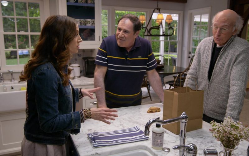 Mrs. Meyer's Clean Day Hand Soap in Curb Your Enthusiasm Season 10 Episode 3 Artificial Fruit (2020)
