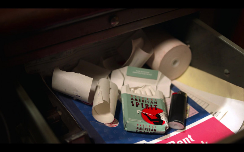 Natural American Spirit Cigarettes Smoked by Zoë Kravitz as Rob in High Fidelity Season 1 Episode 3 (1)