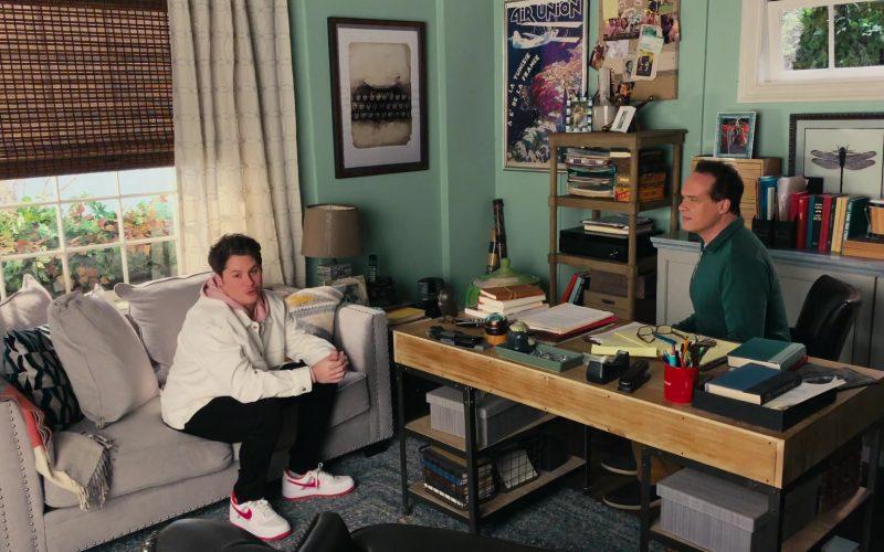 Nike Sneakers in American Housewife Season 4 Episode 13 The Great Cookie Challenge (2020)