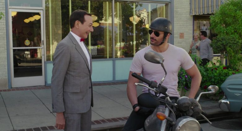 Ray-Ban Aviator Sunglasses Worn by Joe Manganiello in Pee-wee's Big Holiday (1)