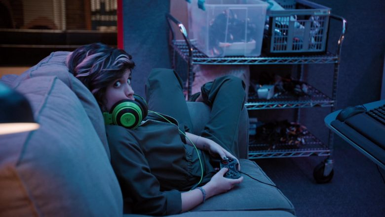 Razer Gaming Headset Used by Ashly Burch as Rachel in Mythic Quest Raven's Banquet Season 1 Episode 4 The Convention (2)