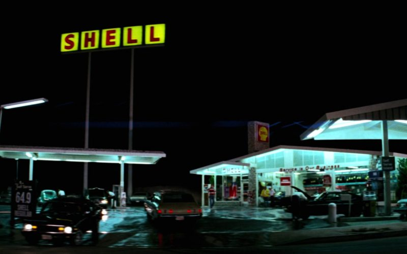 Shell Gas Station in Close Encounters of the Third Kind (1977)