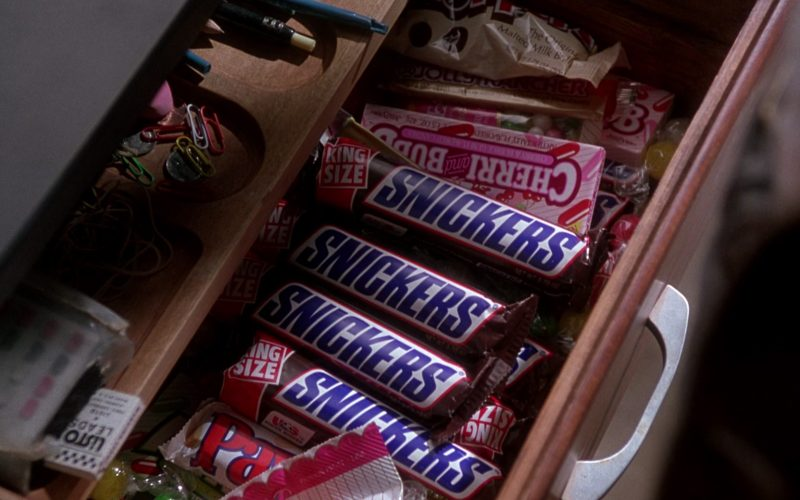 Snickers Chocolate Bars in The Nutty Professor (1996)